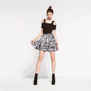 skirt-with-allover-print