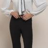 Στενό παντελόνι με κορδόνια στο κάτω μέρος