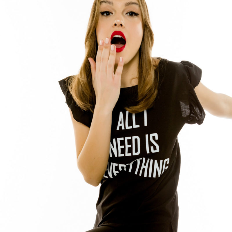 "Cinderella t-shirt με τύπωμα ""All I Need Is Everything"""
