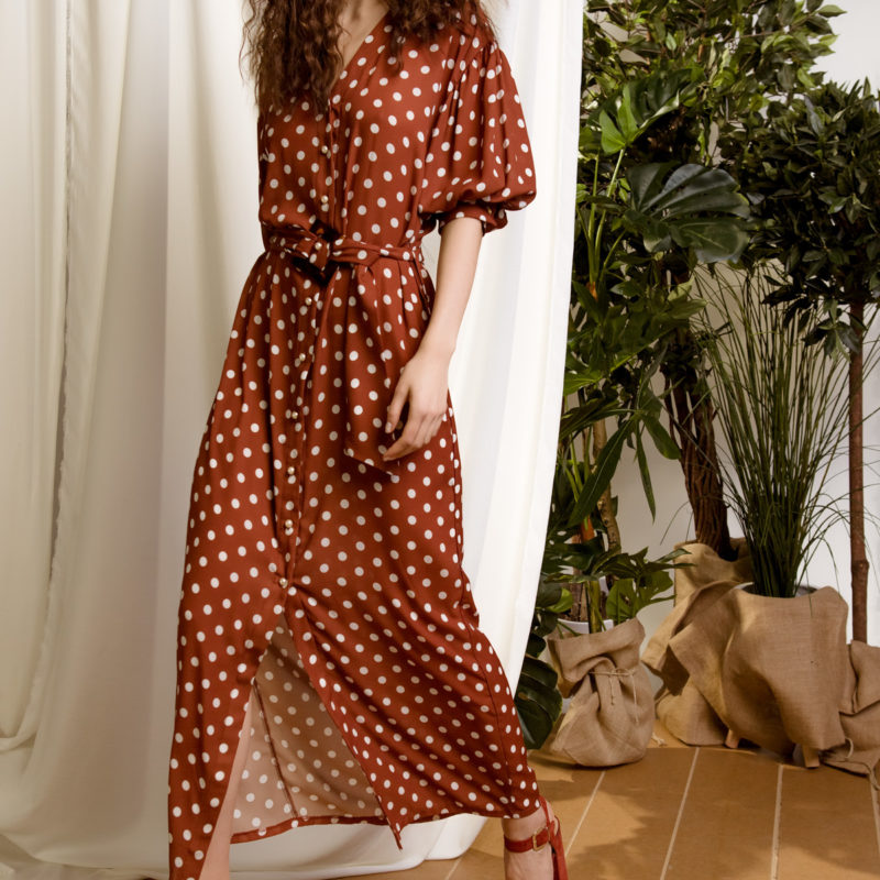 DejaVu πουά φόρεμα με βολάν μανίκια και κουμπιά