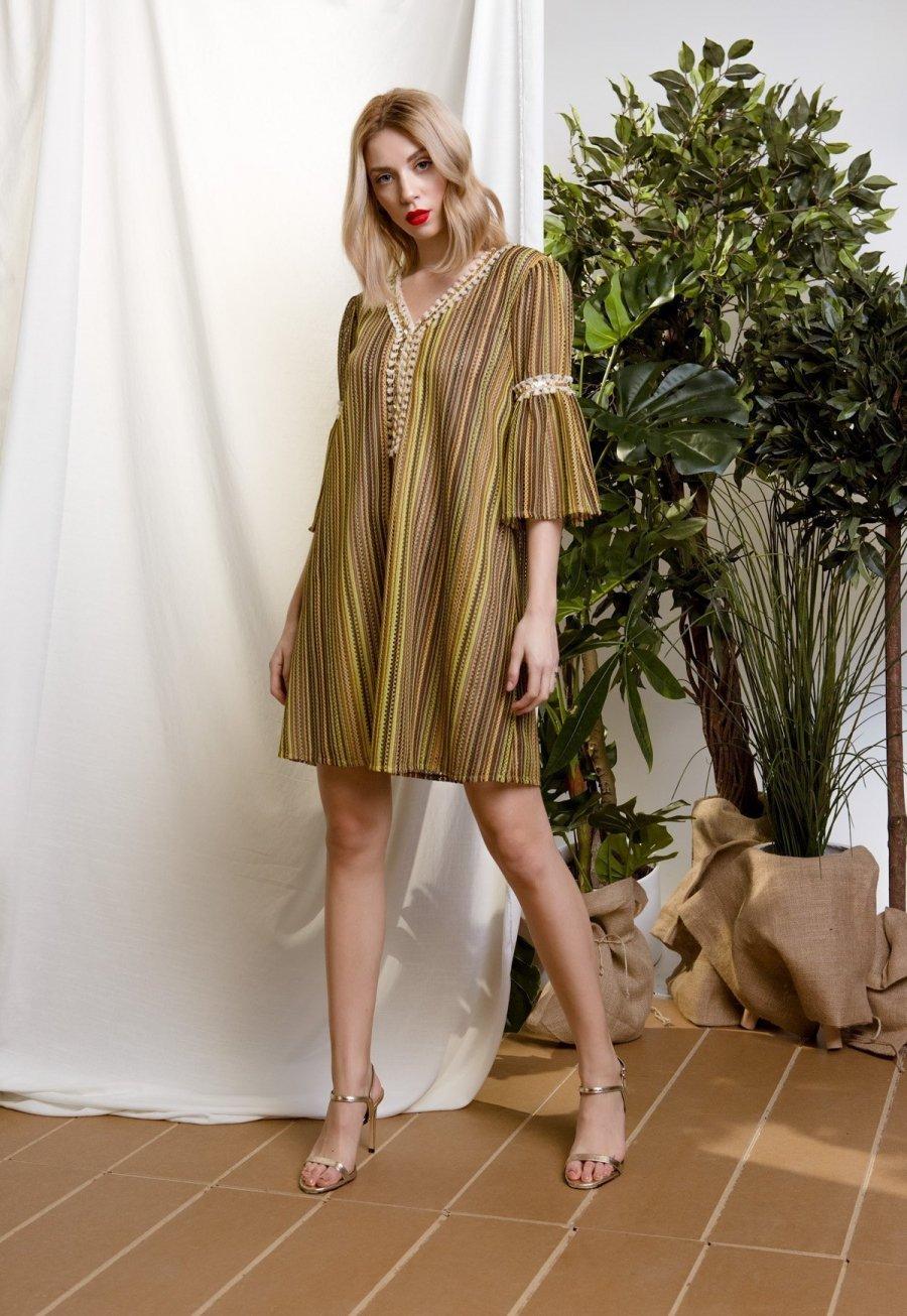 DejaVu ριχτό φόρεμα με διακοσμητικές τρέσες