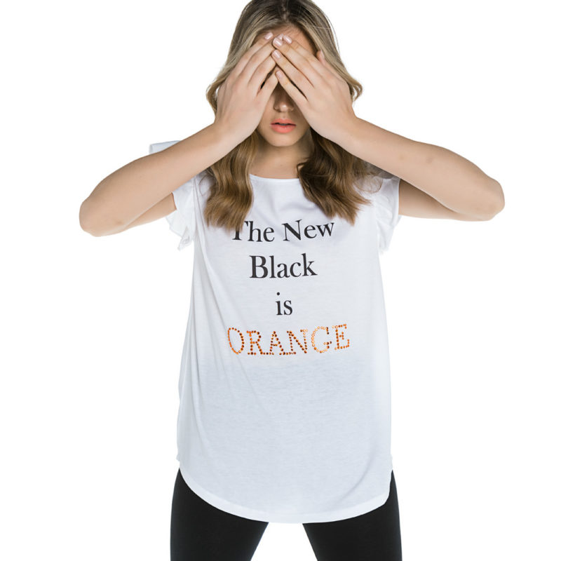 "Cinderella tee με τύπωμα ""The New Black Is Orange"""